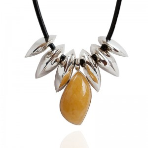 AMBER SILVER TEETH NECKLACE