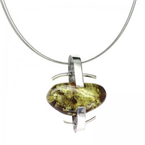GREEN AMBER SILVER NECKLACE