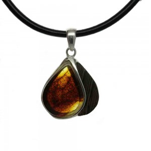 SMALL ENTWINED COGNAC AMBER, WENGE SILVER PENDANT