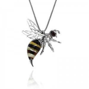 BEE AMBER SILVER PENDANT