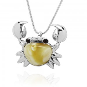 CRAB AMBER SILVER PENDANT